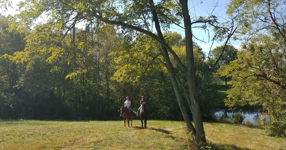 horseback riding, trail ride, riding lessons, ride horses Kentucky